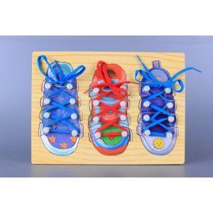 Дървена игра Завържи обувката