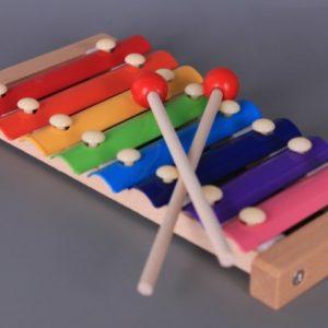 Дървен цветен ксилофон