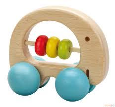 Дървена дрънкалка за бебета - слонче