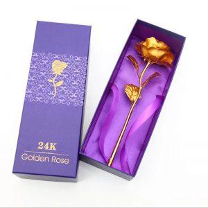 Златна роза в кутия с подаръчна торбичка